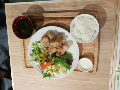 An example of an actual set meal that would be served at Rang Mang Shokudo.