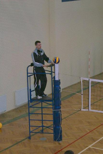 Zawody siatkarskie dziewczat 1 marca 2011 - DSC09302_1.JPG