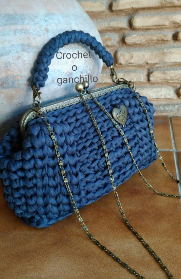 Crochet o ganchillo bolso de trapillo ligero en gris for Bolso crochet trapillo