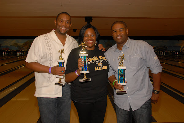 KiKi Shepards 8th Annual Celebrity Bowling Challenge (2011) - DSC_0933.JPG