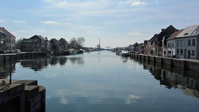 Photo: Het Zeekanaal in Klein-Willebroek met de jachthaven