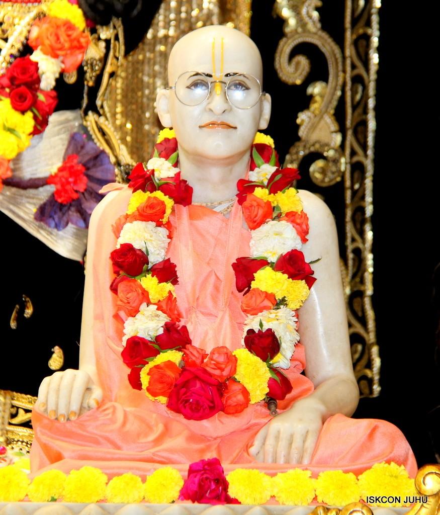 ISKCON Juhu Sringar Deity Darshan 7 Jan 2017  (47)