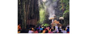 Pengertian Nawa Widha Bhakti Dalam Agama Hindu