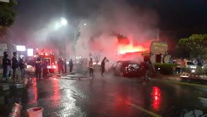 Mobil Terbakar di Dekat Fly Over MBK Bandarlampung