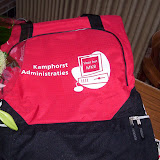 Aanbieden nieuwe voetbaltassen van Kamphorst Administraties