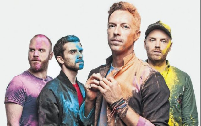 "Coldplay Rilis Lagu Terbaru ""Hypnotised"" Kado Ulang Tahun Chris Martin Yang Ke-40"