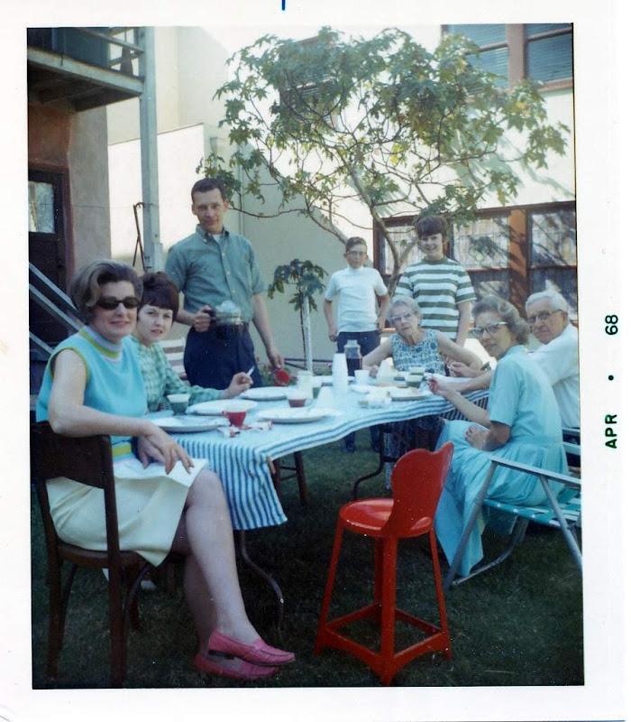 Virginia, Antje, David, Steve, Gramma, Evie, Dorothy, Gus