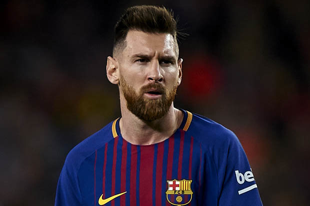 ANGRY Messi Blast Ronaldo Over Challenge To Play In Italy
