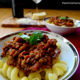 Lentil, Mushroom & Onion Ragù with Spirali (Vegan).