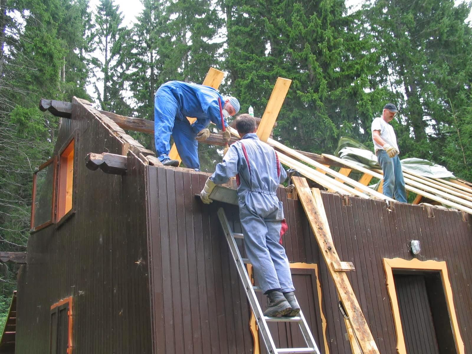 Delovna akcija - Streha, Črni dol 2006 - streha%2B125.jpg