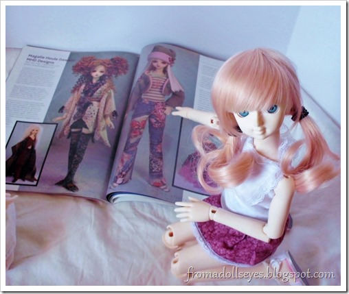 Bjd Lifestyle: Haute Doll Magazine, The Bjd Issue? The doll wants the jeans.