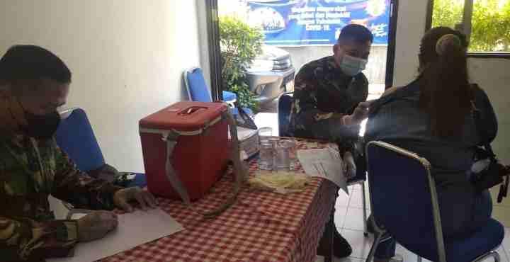 Percepatan Vaksinasi Nasional Koramil 02/TB Gencar Melaksanakan Vaksinasi di Aula Kelurahan Duri Selatan...