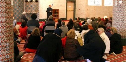 Open Mosque 2004