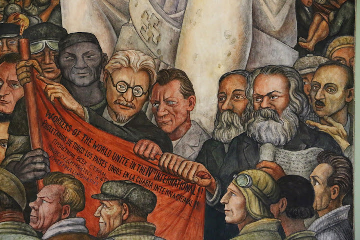 Mexico city ambles mexican revolution and mexican for Diego rivera lenin mural