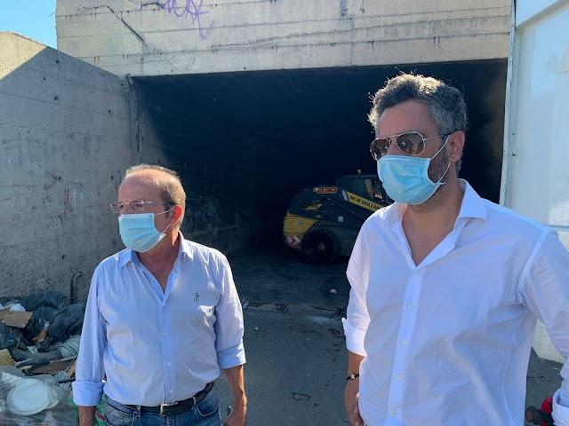 """""""Le soluzioni le diamo noi. Siamo qui oggi a pulire"""". Armando Neri, vicesindaco del Comune di Reggio Calabria."""