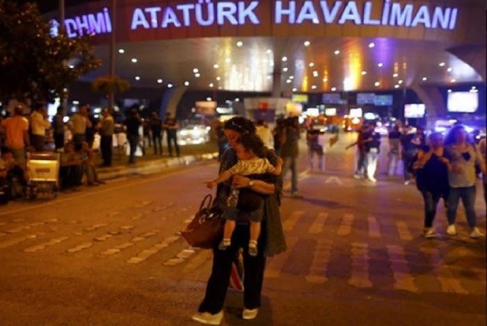Rakyat Turki Mulai Turun Ke Jalan Tolak Kudeta Militer
