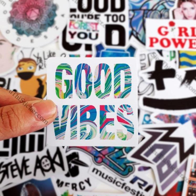 sticker nhạc điện tử trang trí laptop