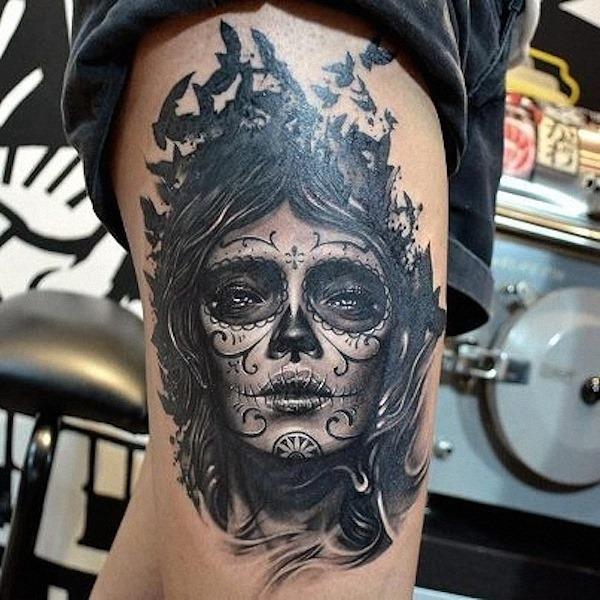 o_preto_e_o_cinza_açcar_tatuagem_de_caveira_1