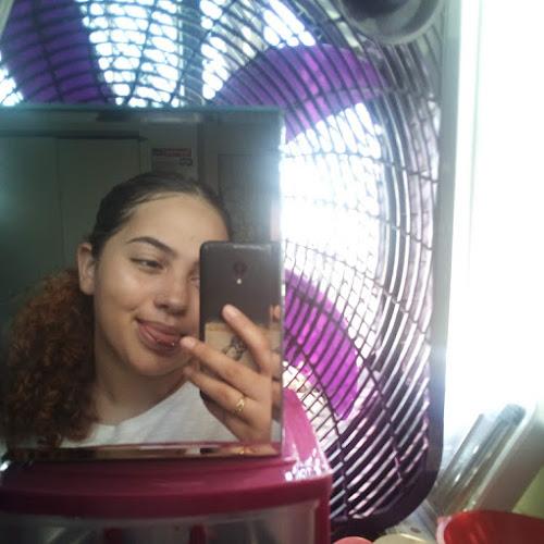 Luz Profile Photo