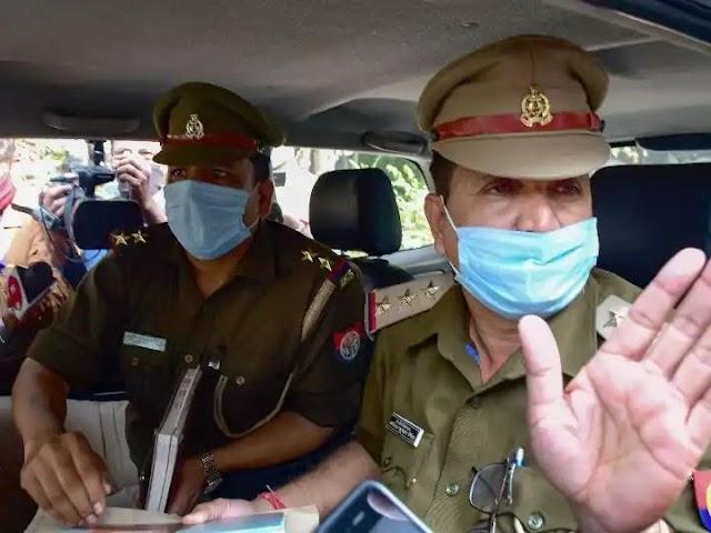 यूपी पुलिस ने मुंबई (तांडव) के डायरेक्टर अली आबस के घर पे चिपकाया नोटिस, क्या लिखा है उसमें