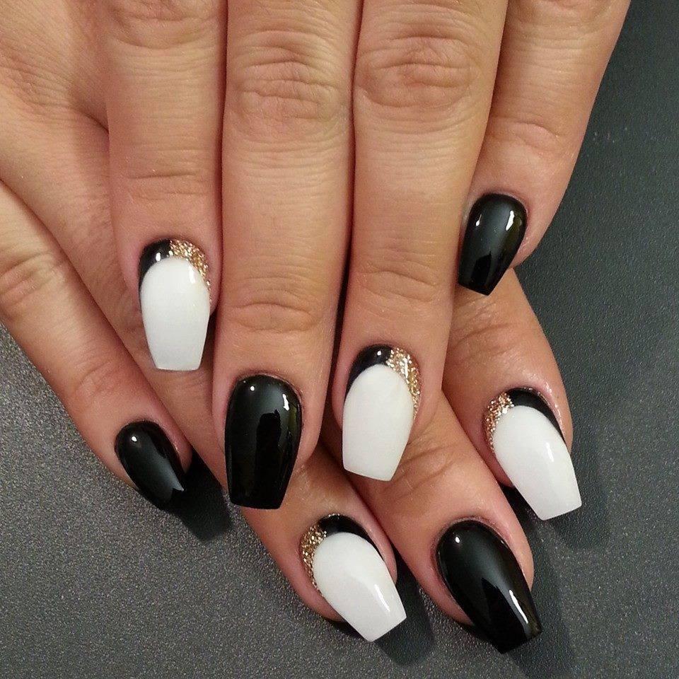 Nail Art Designs with Black an White 2017 | Fashion Qe