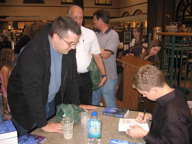 Brian Moreland Writer Signing 02, Brian Moreland