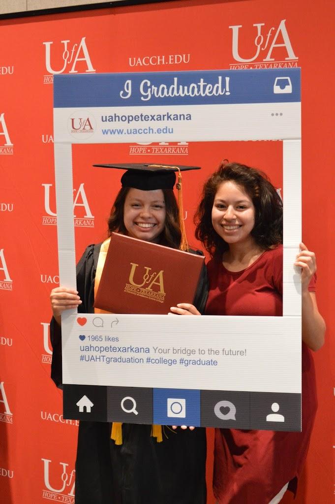 UAHT Graduation 2017 - 20170509-DSC_5344.jpg