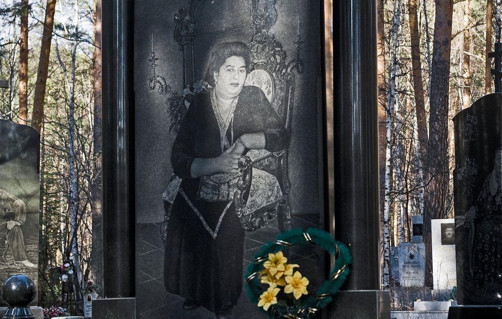 gangster-cemetery-yekaterinburg-23