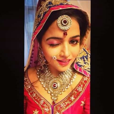 Beautiful Punjabi Girl Selfy Bride