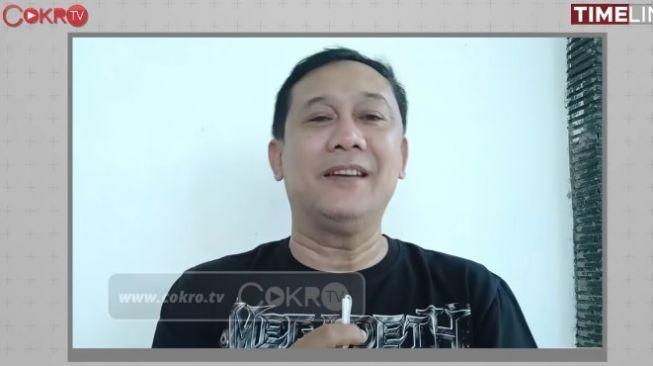 Biasa Membela, Kini Denny Siregar Kritik Jokowi soal PPKM: Trenyuh Rasanya