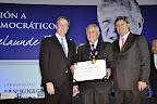 Distinción al ingeniero Gastón Acurio Velarde, ex senador de la República