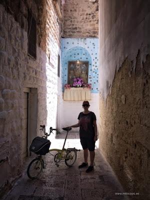 Brompton en las calles de Bari