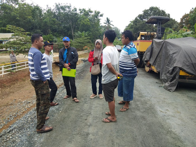 Supervisi ke pekerjaan peningkatan jalan simpang banian-sungai durian
