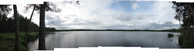 Panorama kulateho jezera (klikni)