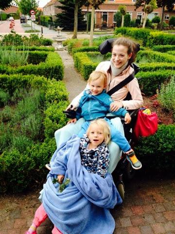 Jonge moeder met Lyme en EDS vecht voor herstel