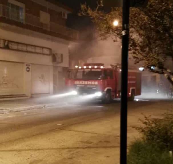 """Se incendió un sector de la Perfumeria """"Toag"""" de Mitre y Garibaldi"""