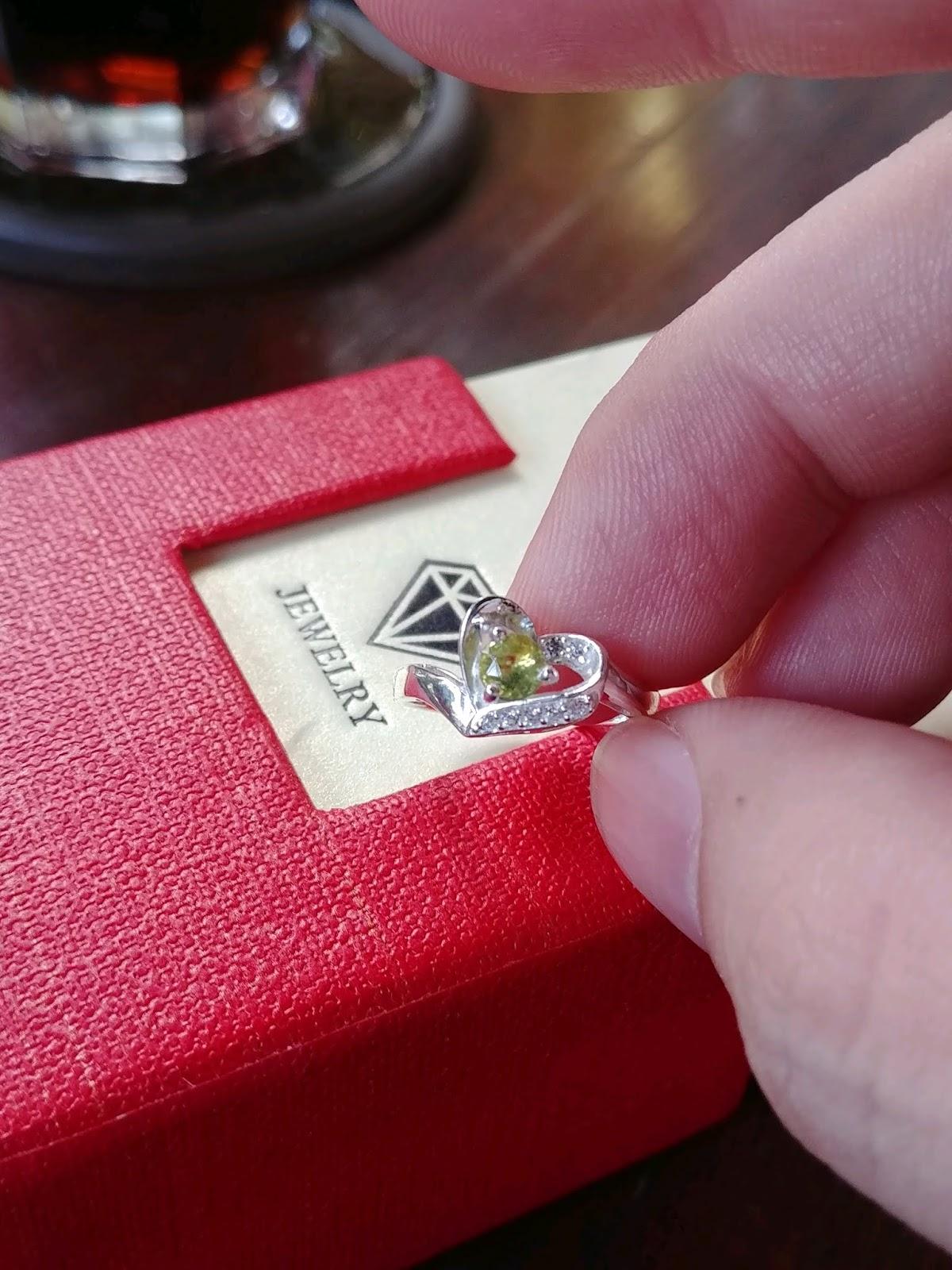 Nhẫn nữ đá Sapphire thiên nhiên, bạc cao cấp