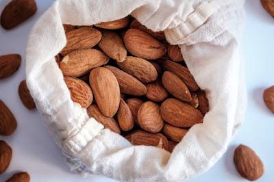 वजन बढ़ाने के लिए क्या खाएं Diet to increase Weight in Hindhi