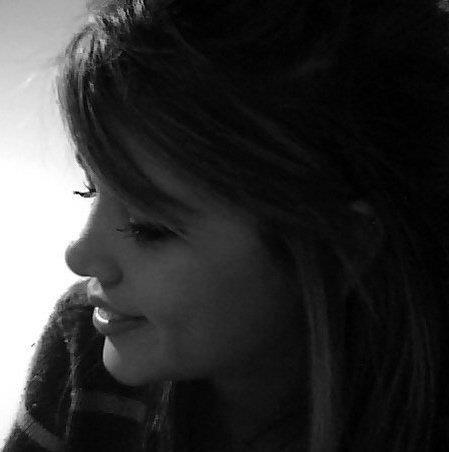 Nicole Harris Photo 48