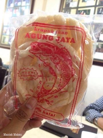 maniak-makan-rawon-nguling-kuliner-khas-kota-malang-kerupuk-ikan