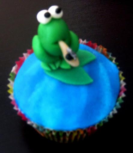 Kikker Cake.JPG