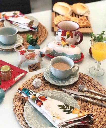 mesa posta lardocecasa colorida