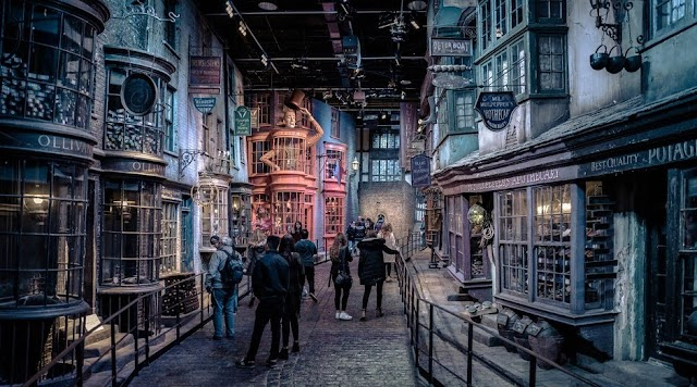 Beco Diagonal de Harry Potter ficará coberto de neve em atração de inverno