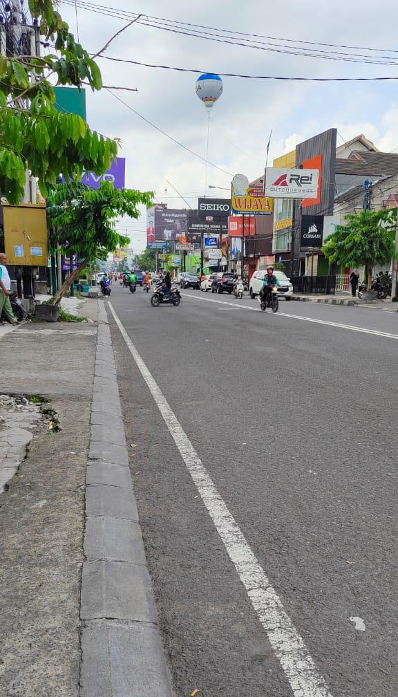 Ruko Ruang Usaha Hook Istimewa Strategis Jalan Raya Utama Kaliurang Km. 4 Dalam Ringroad