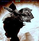 – www. r a j d a .cz, Rajdová Daniela, M.A., se místo chovu ovcí a pěstování lnu věnuje studiu oděvu a používá pro některá svoje dílka staré ošacení jako základní surovinu pro jejich výrobu. Využívá jak vlastností materiálů, tak i konstrukčního řešení oděvu a tyto kvality se snaží převést do jednotlivých děl. Jedním z konceptů, kterým se Raj.Da zabývá již několik let, je tedy právě recyklace, používá jak celé oděvy, jako např. pánské košile, které přetváří na dámské elegantní halenky či šaty, tak i znovu používá kvalitní materiály. Recykluje také kabáty, kožíšky, svetry, mikiny a kalhoty, ze kterých tvoří originální kabelky. Vše zhotovuje na historických šicích strojích na nožní pohon. Novinkou v tvorbě, která bude poprvé předvedena právě na festivalu Jeden Svět, budou mašle do vlasů vyrobené z kravat. Těšit se ale můžete i na šperky vytvořené z baskytarových strun. Rajdová Daniela, www.rajda.cz, ma@rajda.cz, tel: 603 303 829, ateliér: Naproti Žižkovské věže, Ondříčkova 32, Praha 3