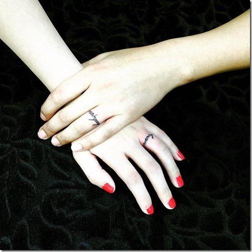 ponga_los_nombres_de_la_pareja_y_forme_un_anillo