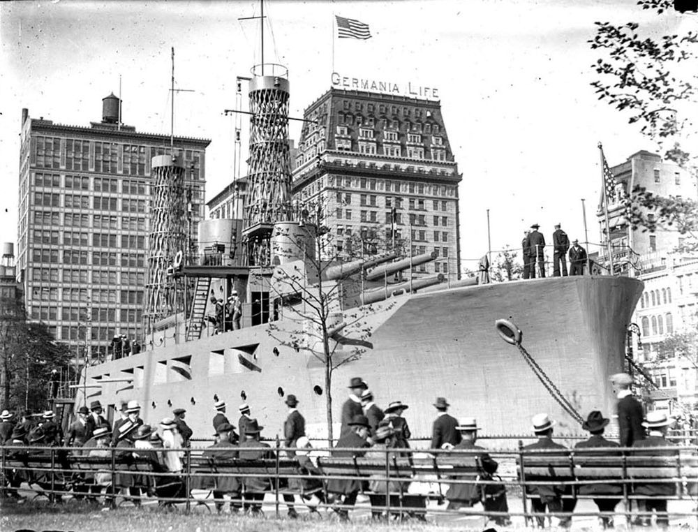 uss-recruit-union-square-1
