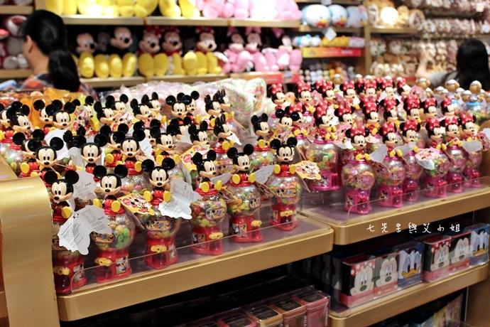 2 香港迪士尼樂園奇妙店