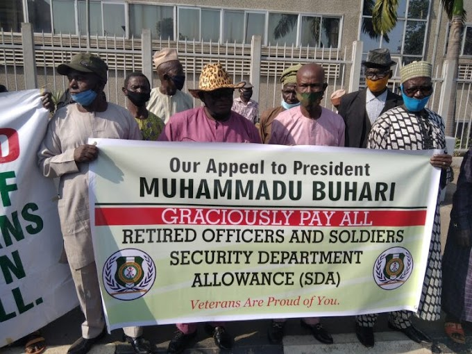 Retired soldiers Stage Protest in Abuja (photos)