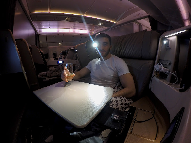LHR SIN 41 - REVIEW - Singapore Airlines : Business Class - London to Singapore (B77WN)